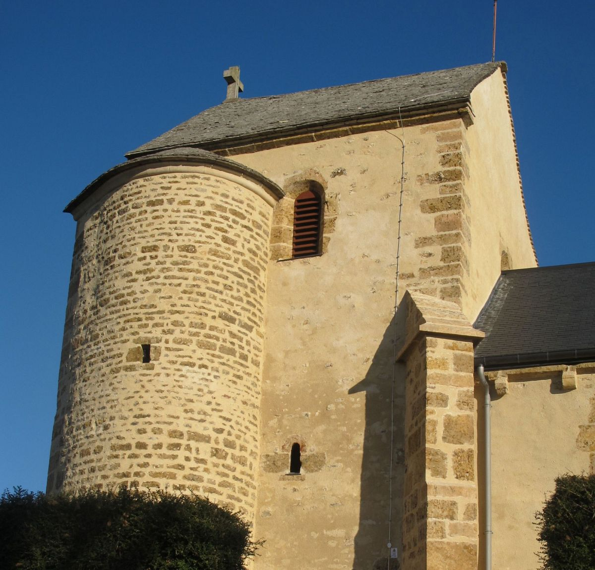 Neuffontaines - Chapelle St-Pierre dite Mont-Sabot (58) [5]
