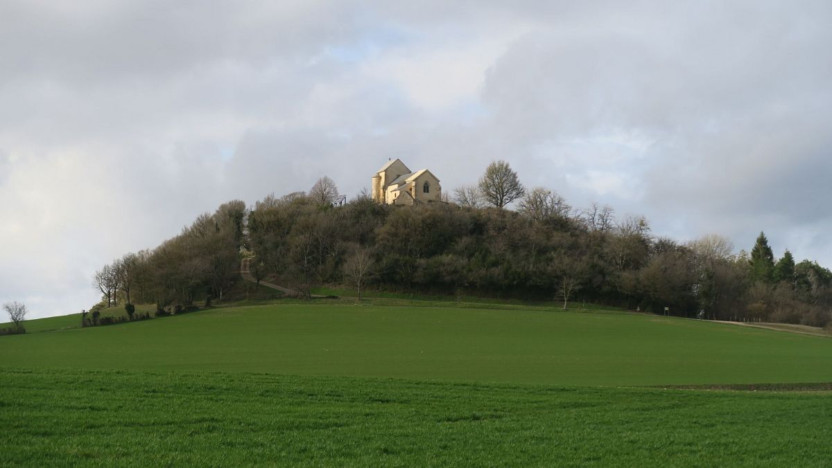 Neuffontaines - Chapelle St-Pierre dite Mont-Sabot (58) [2]