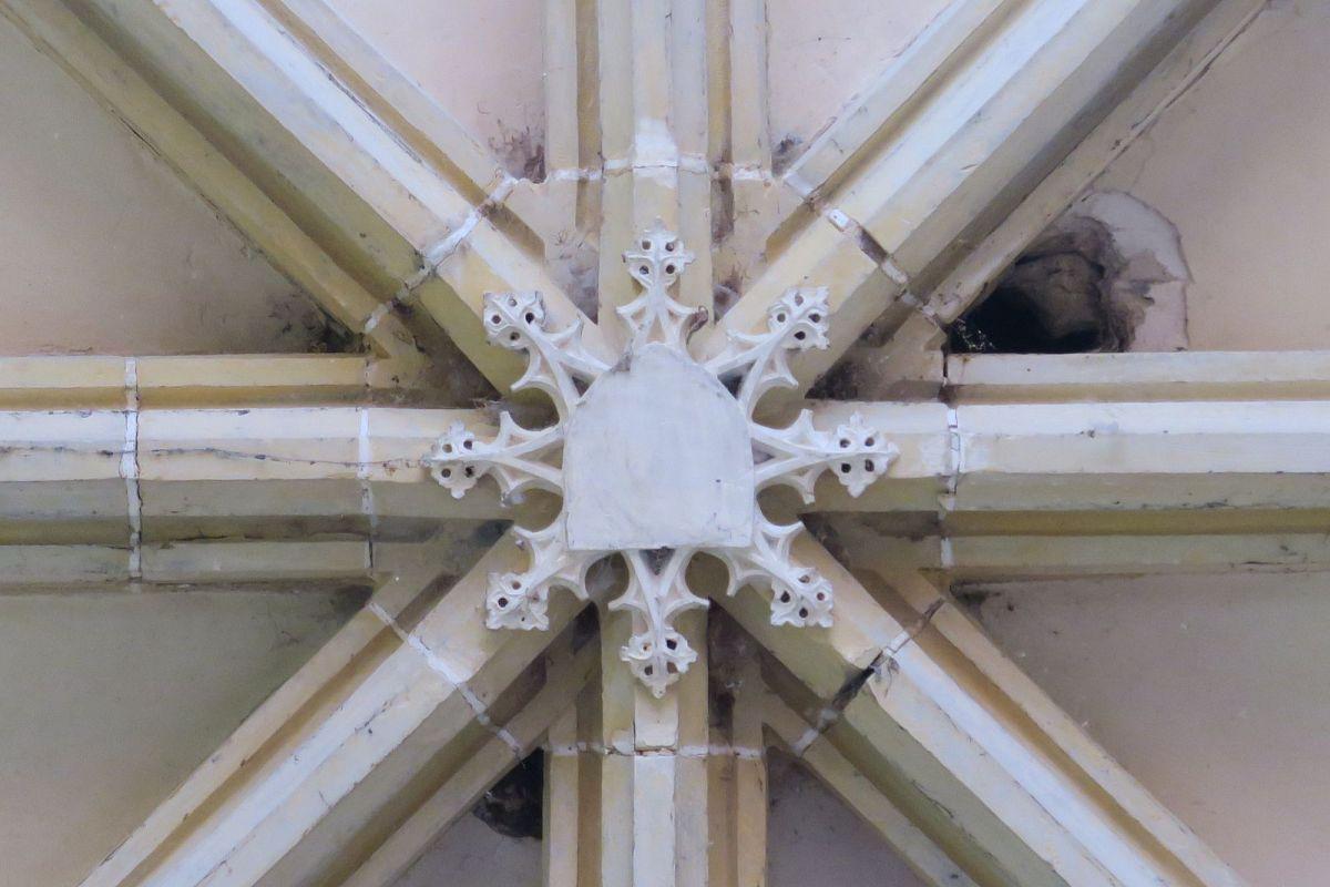 Moraches - Eglise St-Celse et St-Nazaire (58) [1]