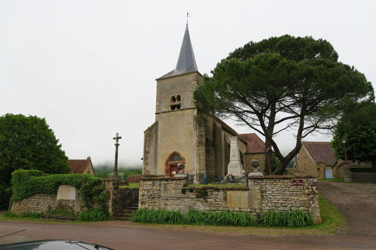 Bazoches - Eglise St-Hilaire (58) [1]