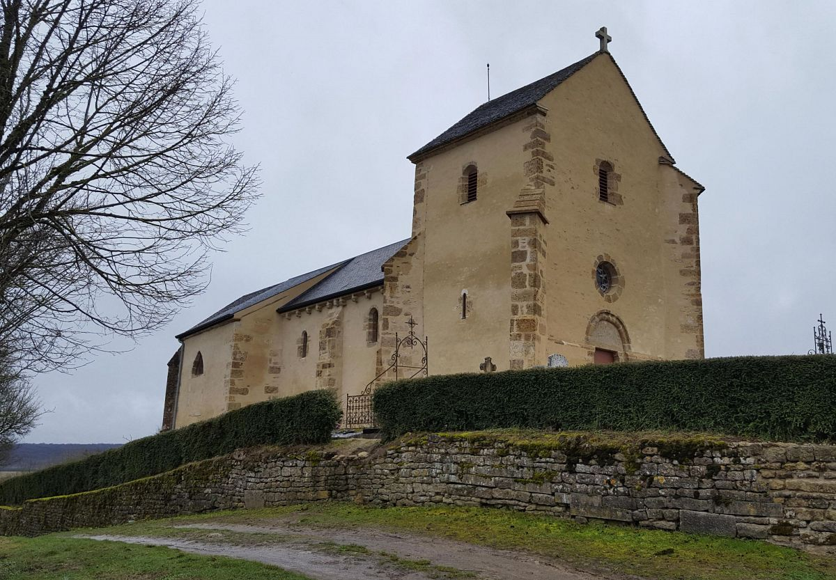 Neuffontaines - Chapelle St-Pierre dite Mont-Sabot (58) [1]