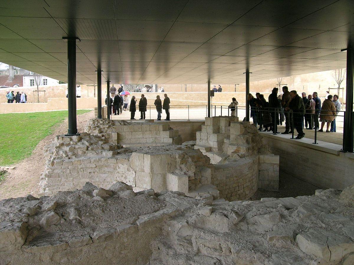 La Charité-sur-Loire - Vestiges de l'église (58) [5]