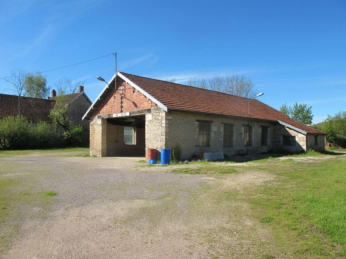 Villy-en-Auxois - Ancien bâtiment industriel (21) [2]