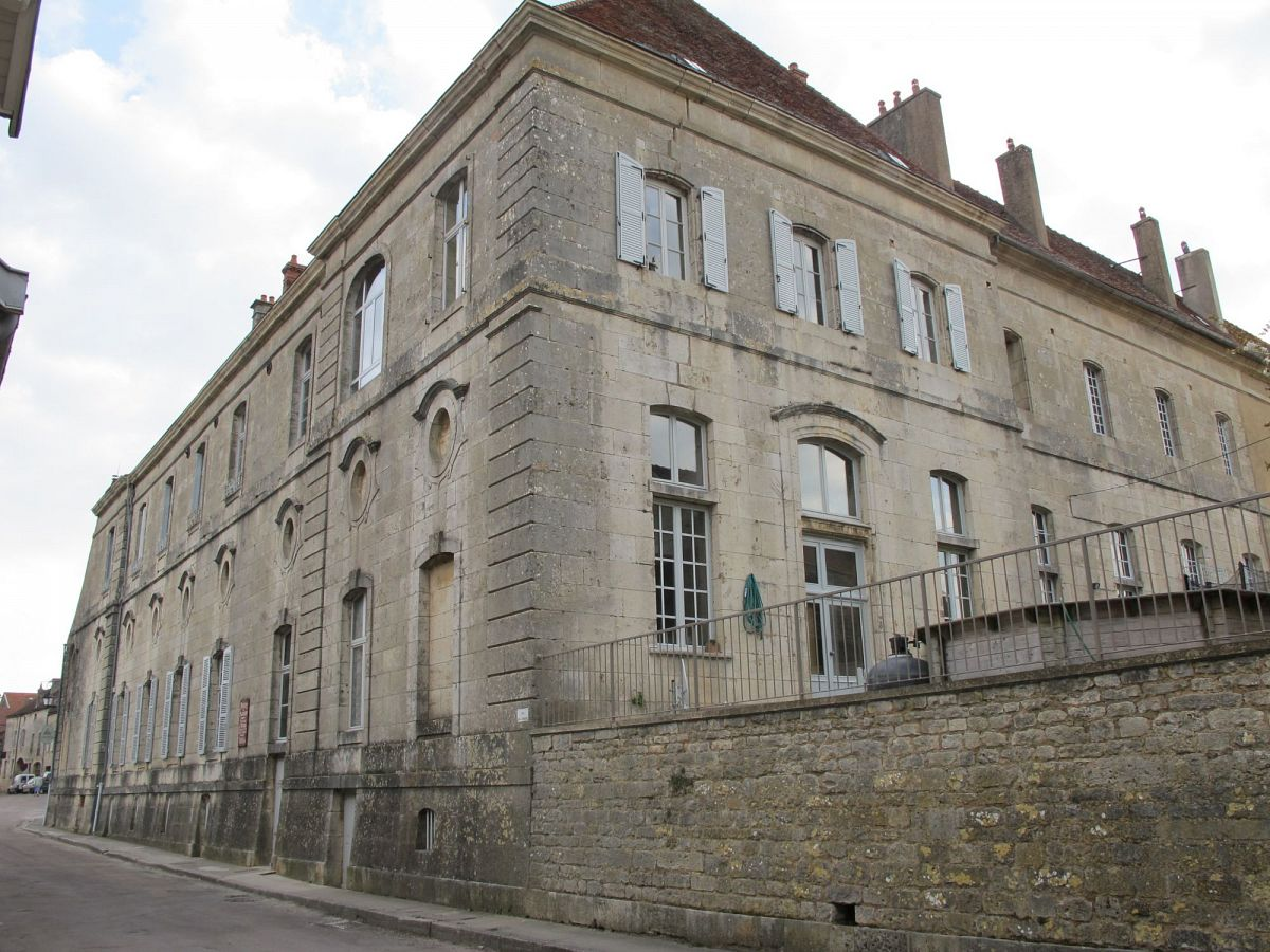 Flavigny-sur-Ozerain - Fabrique d'anis (21) [1]