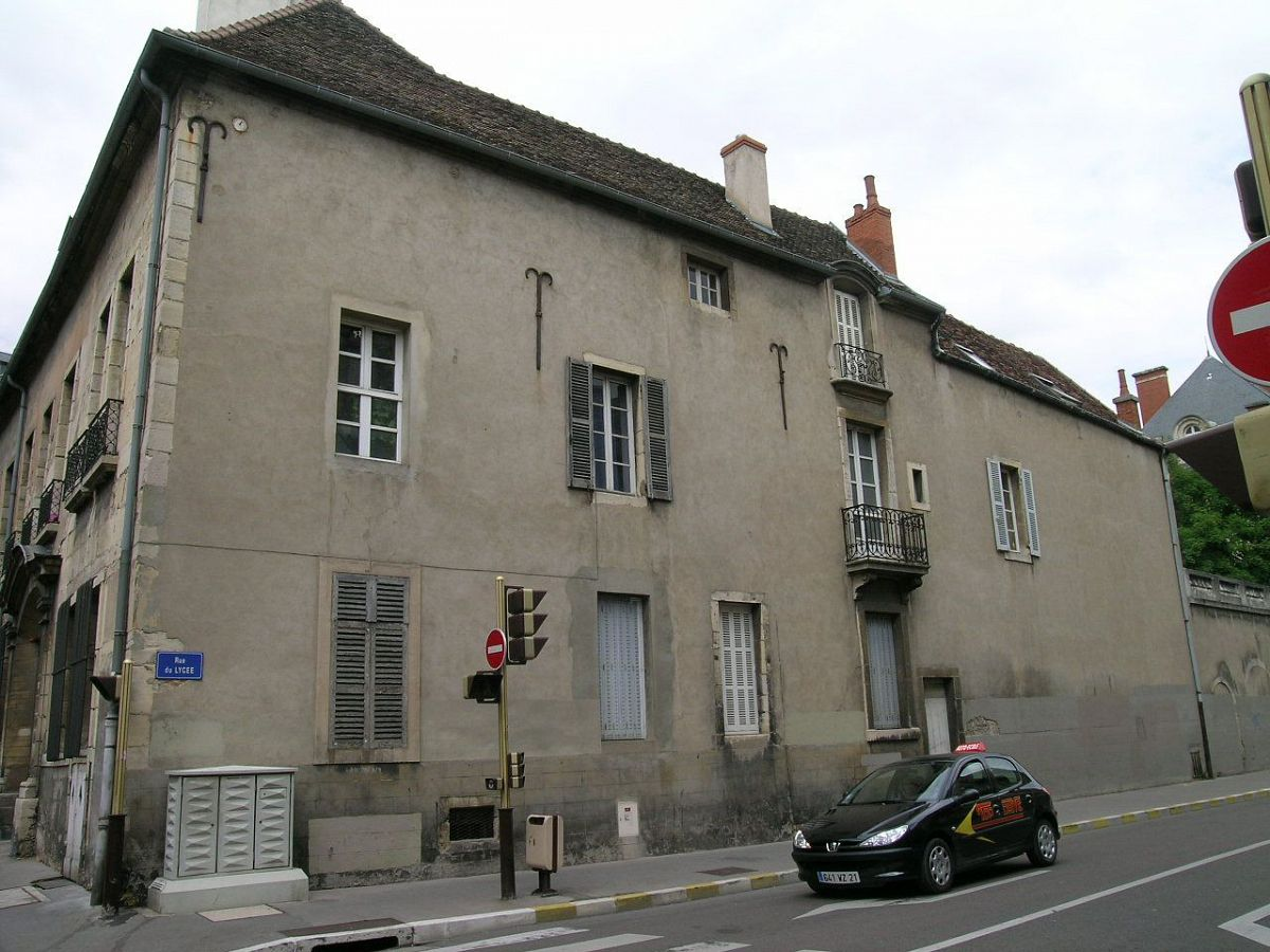 Dijon - Immeuble rue vannerie (21) [5]