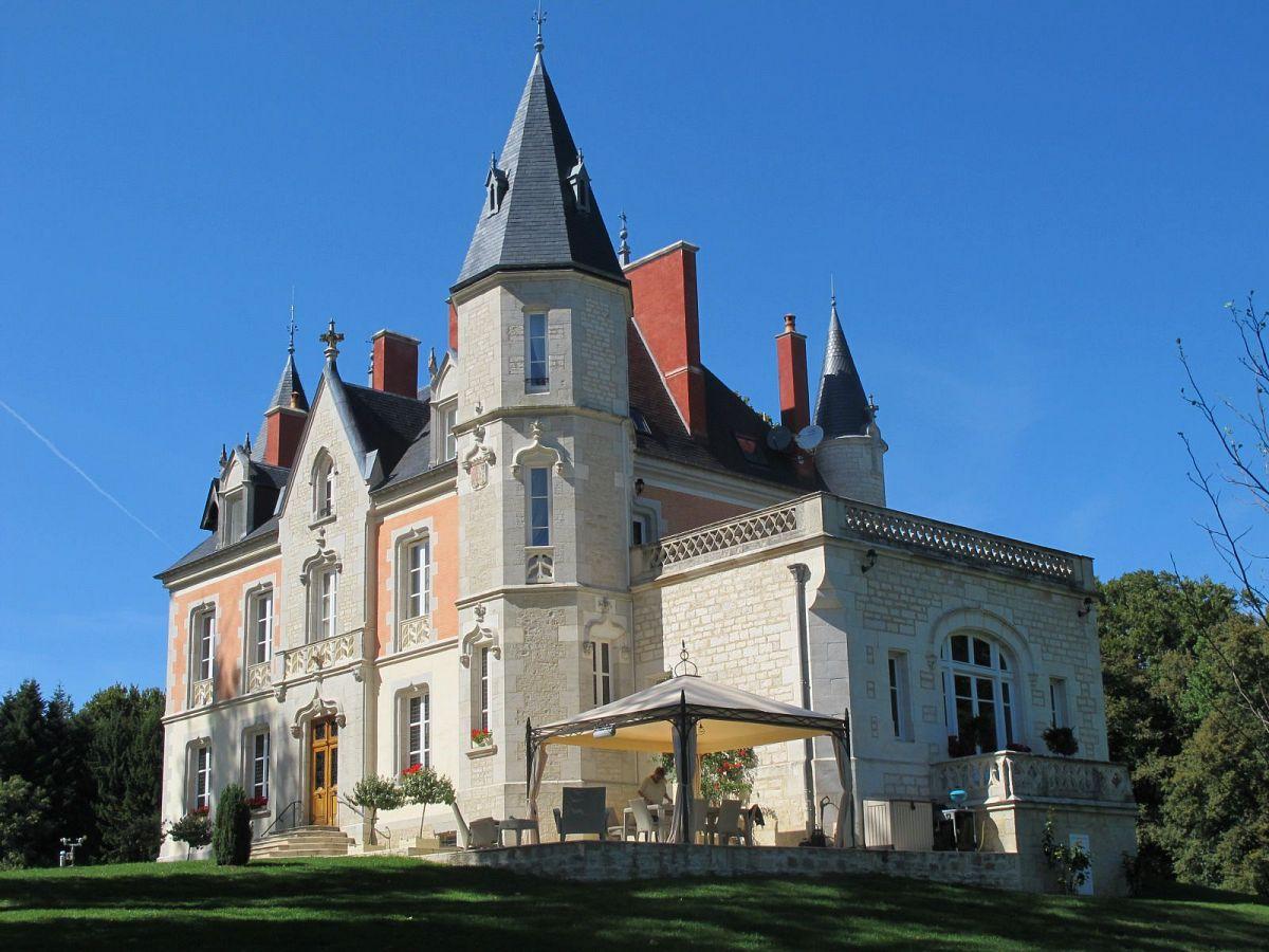 Loizerolle - Château (21) [1]