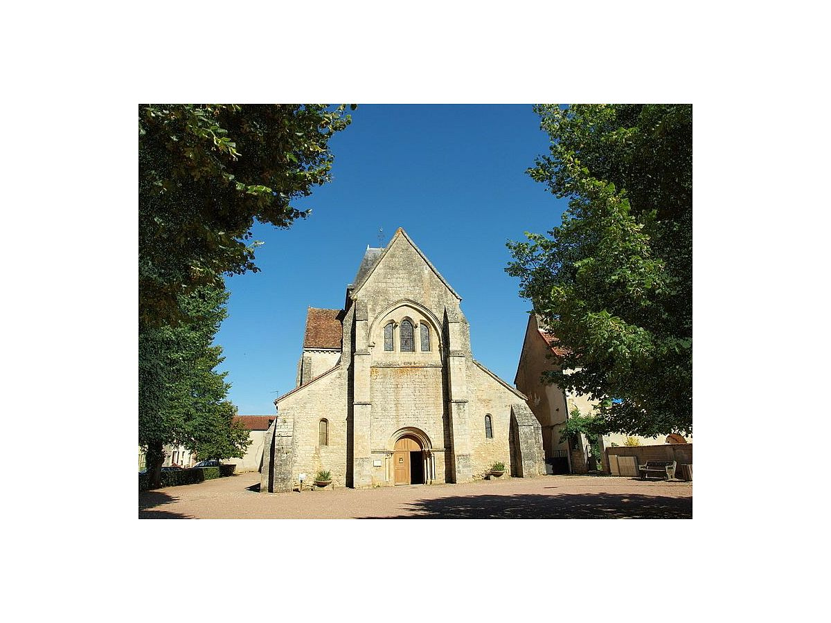 St-Vérain - Eglise (58) [1]