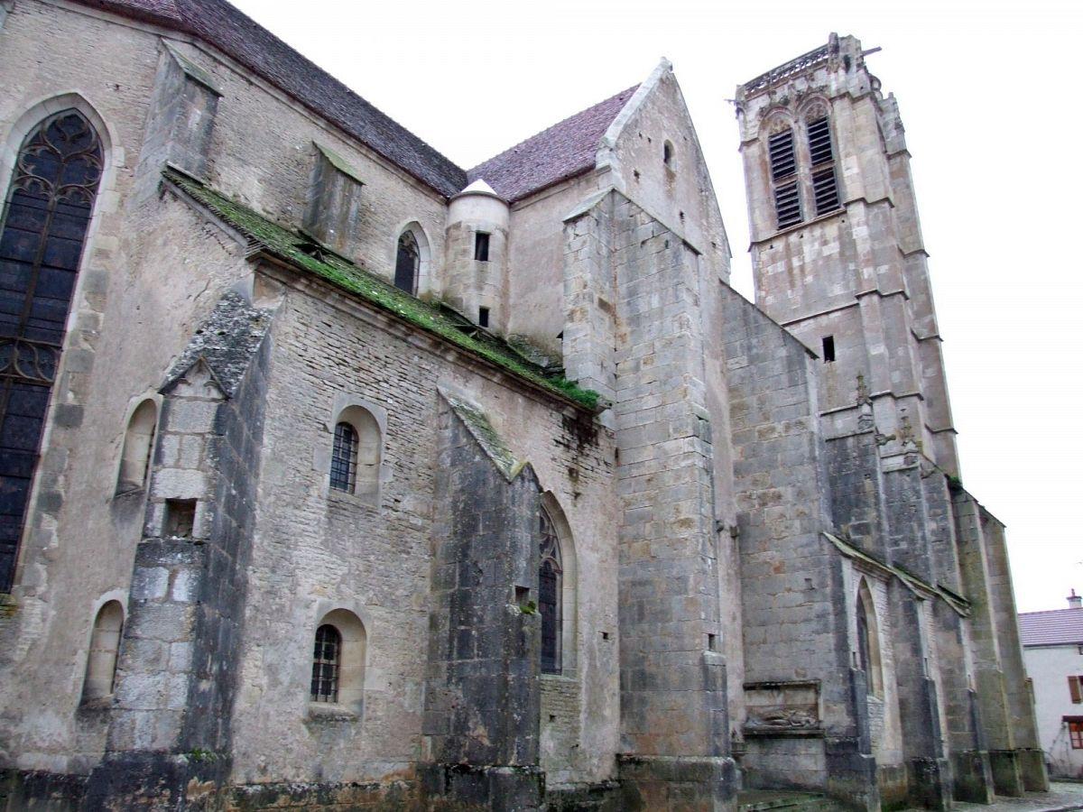 Noyers-sur-Serein - Eglise (89) [1]