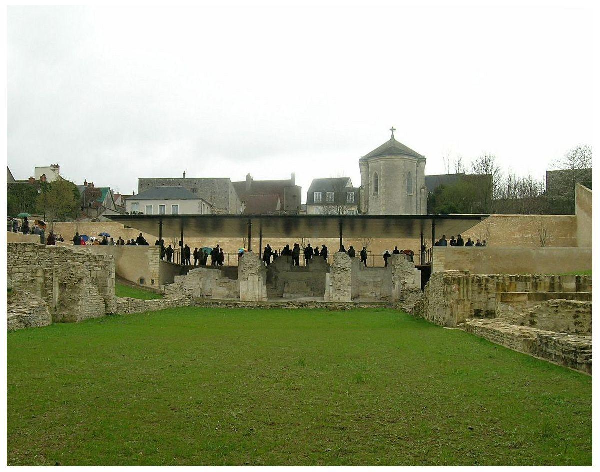 La Charité-sur-Loire - Vestiges de l'église (58) [3]