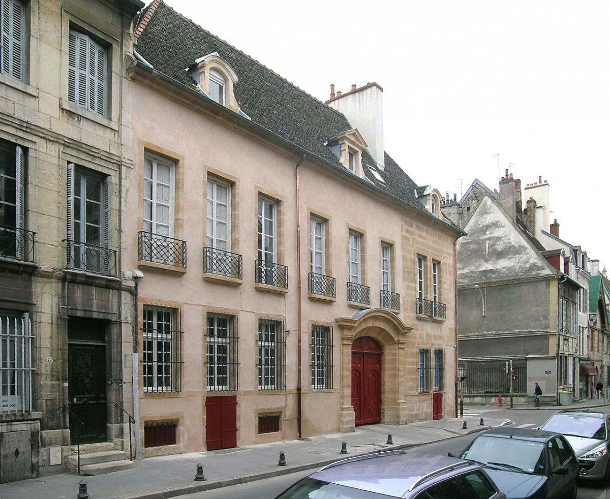 Dijon - Immeuble rue vannerie (21) [1]
