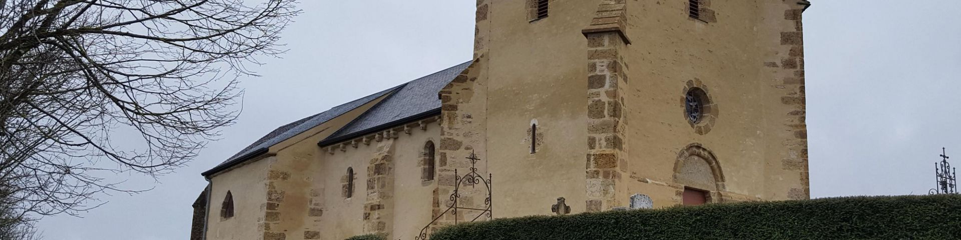 Neuffontaines - Chapelle St-Pierre dite Mont-Sabot (58)
