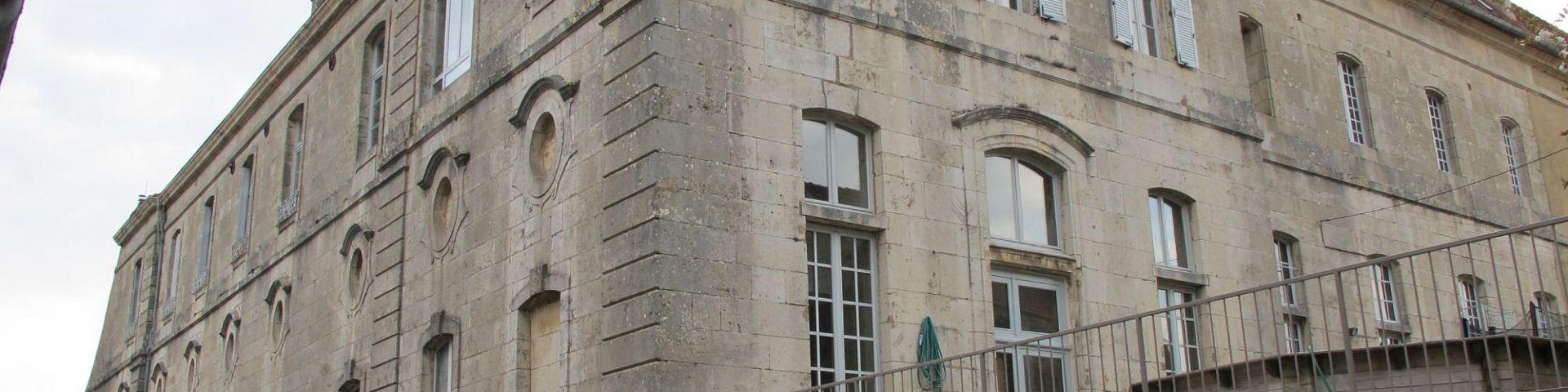 Flavigny-sur-Ozerain - Fabrique d'anis (21)