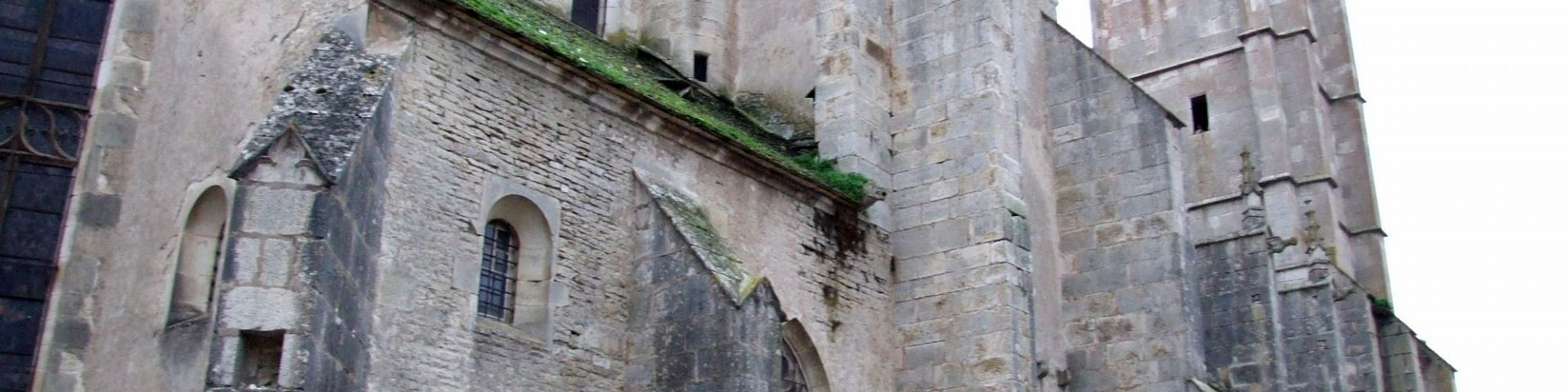 Noyers-sur-Serein - Eglise (89)