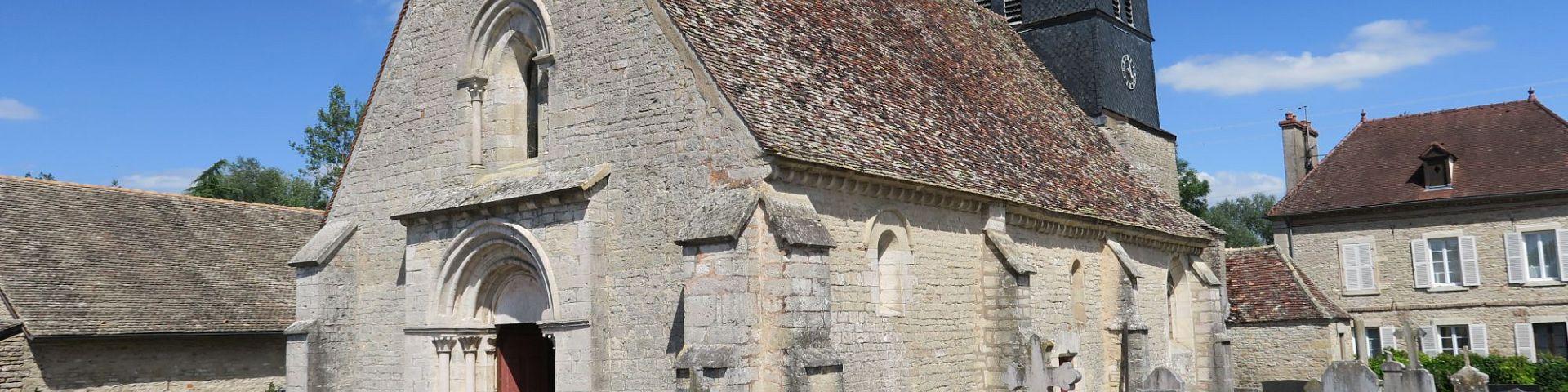 Villy-le-Moutier - Eglise Saint-Révérien (21)