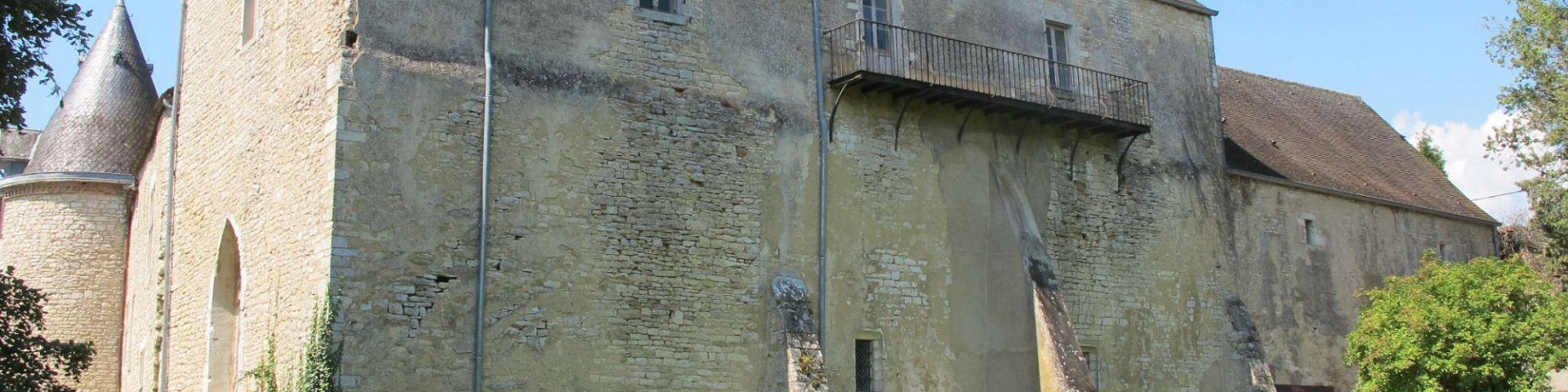 Chagny - Chateau de Bellecroix (71)