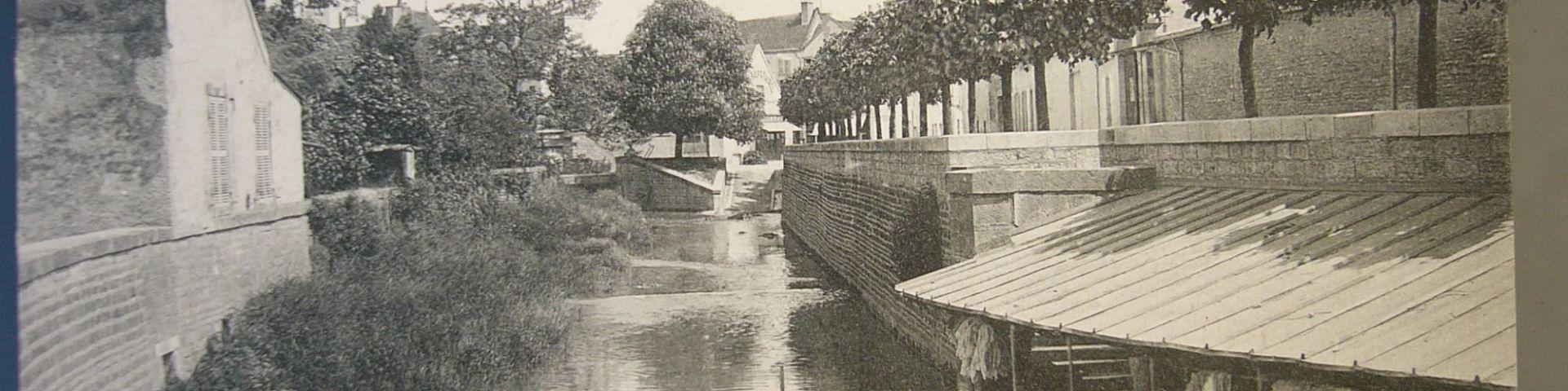 Nuits-Saint-Georges - Lavoir (21)