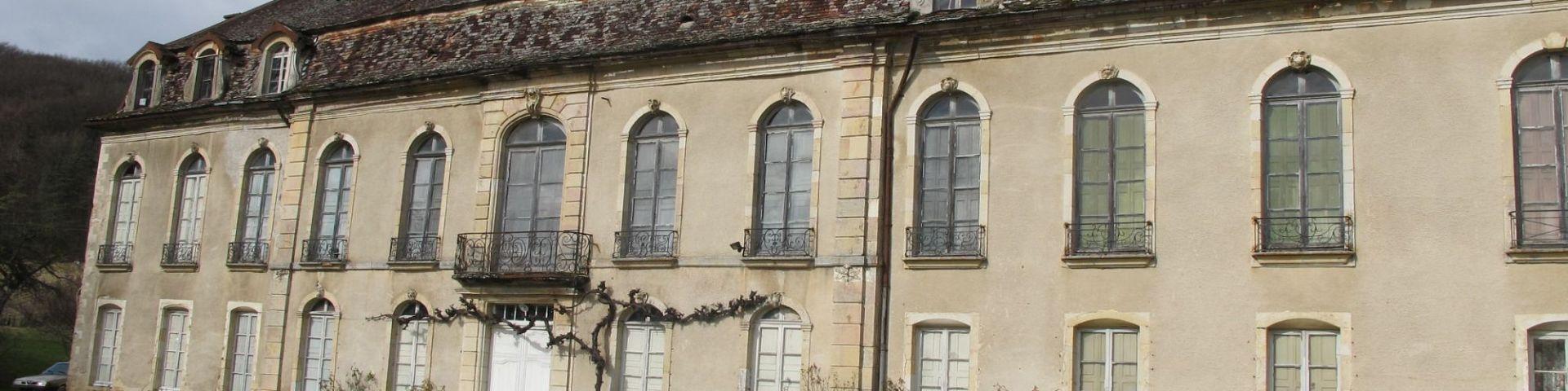 Urcy - Château (21)